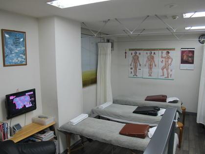 藤沢でマッサージするならここ!仁健堂 整体療術院の店内写真1